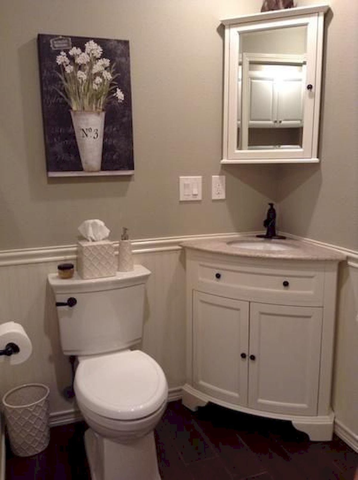 50 Best DIY Storage Design Ideas To Maximize Your Small Bathroom Space (32)