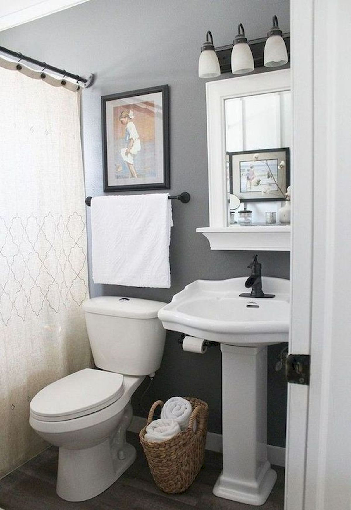 50 Best DIY Storage Design Ideas to Maximize Your Small Bathroom Space (38)