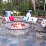 60 Amazing DIY Outdoor and Backyard Fire Pit Ideas On A Budget (35)