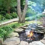 60 Amazing DIY Outdoor and Backyard Fire Pit Ideas On A Budget (42)