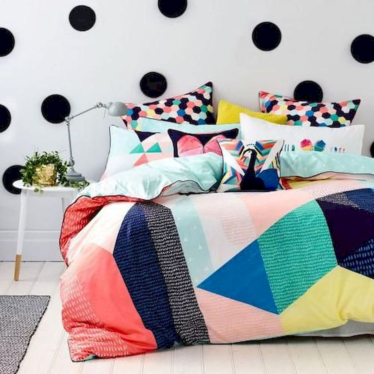 70 Beautiful DIY Colorful Bedroom Design Ideas and Remodel (29)