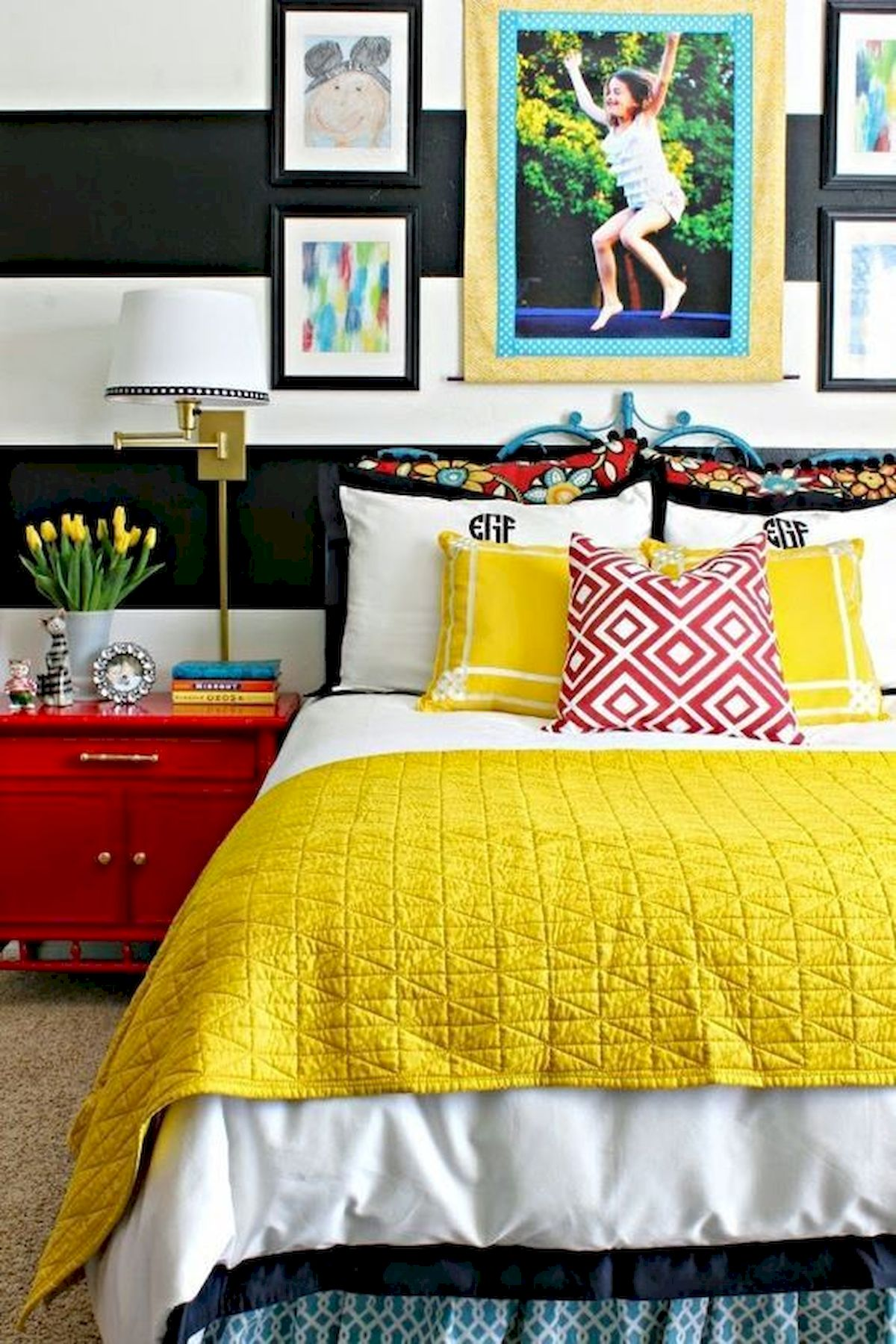 70 Beautiful DIY Colorful Bedroom Design Ideas and Remodel (64)