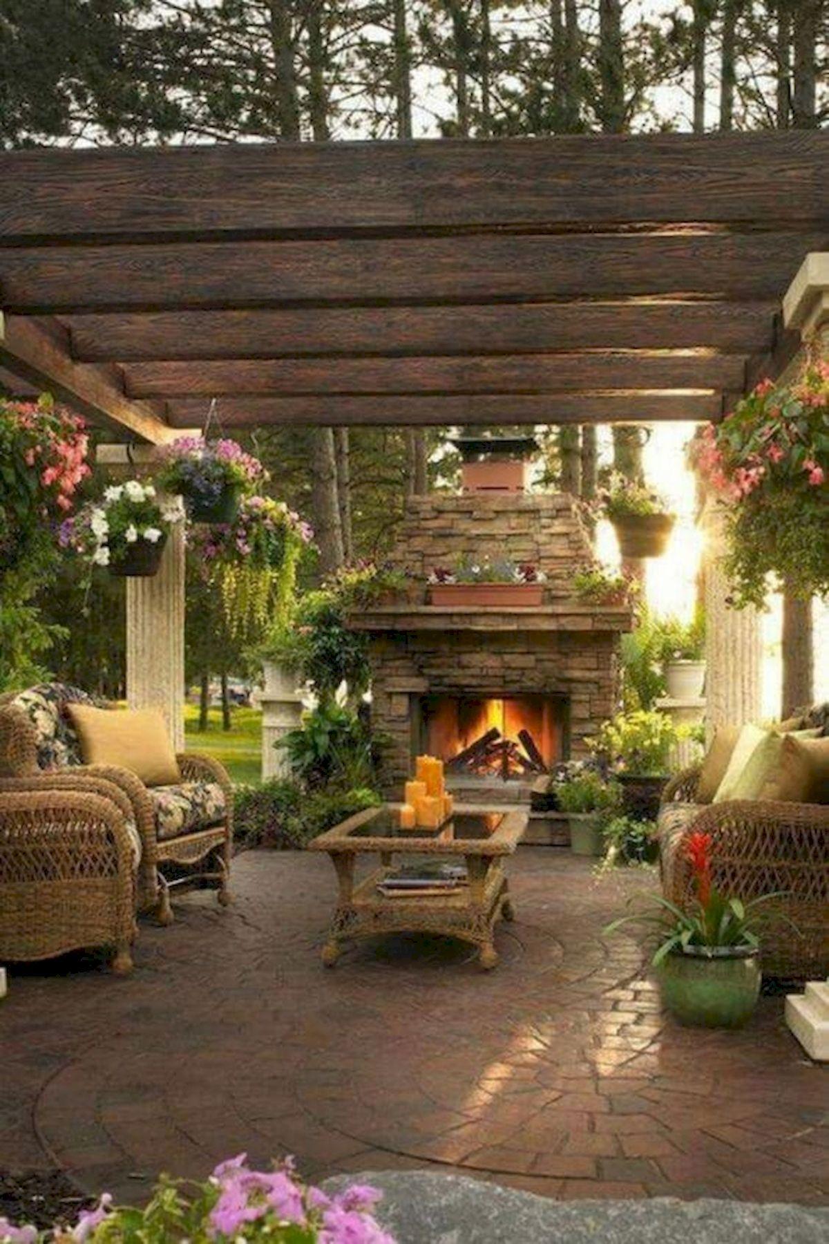 50 Awesome DIY Hanging Plants Ideas For Modern Backyard Garden (34)