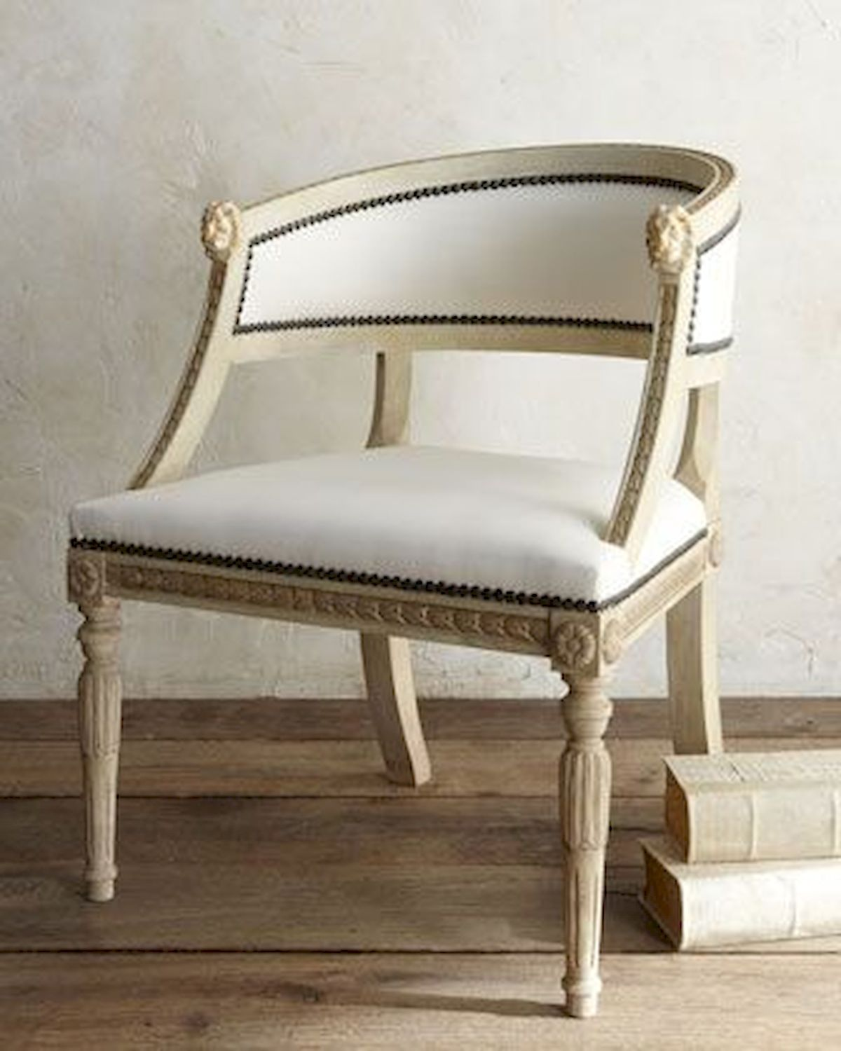 50 DIY Relaxing Chairs Design Ideas That Will Make Your Home Look Great (3)