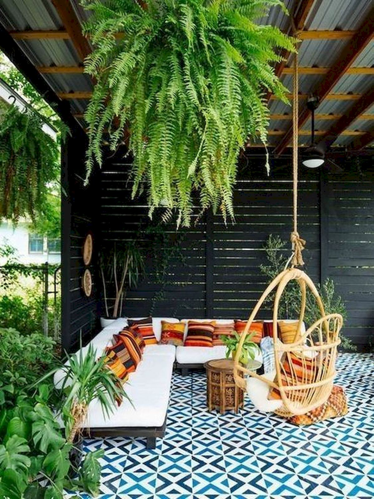 50 DIY Relaxing Chairs Design Ideas That Will Make Your Home Look Great (38)