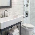 50 Fantastic DIY Modern Farmhouse Bathroom Remodel Ideas (39)