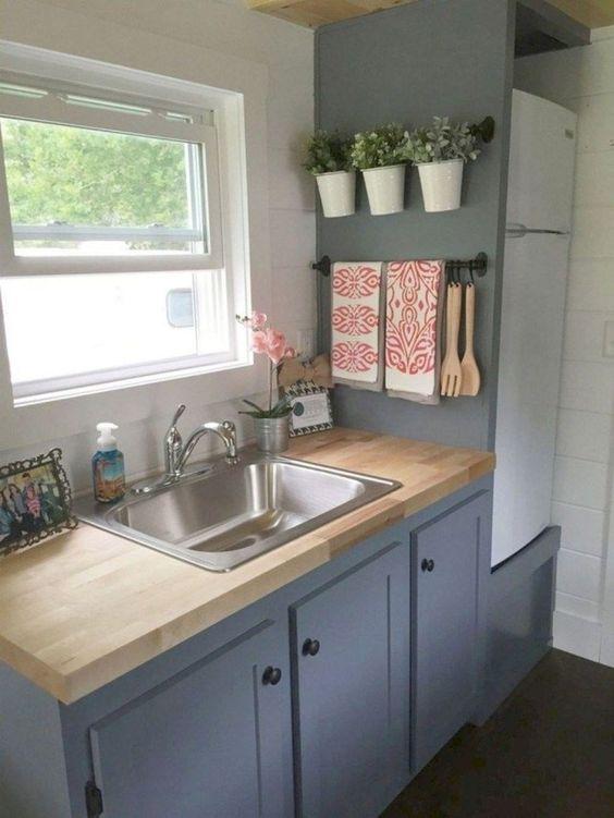 60 Easy and Unique DIY Apartment Decorating Design Ideas (36)