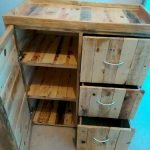 30 Creative DIY Wooden Pallet Projects Ideas (16)