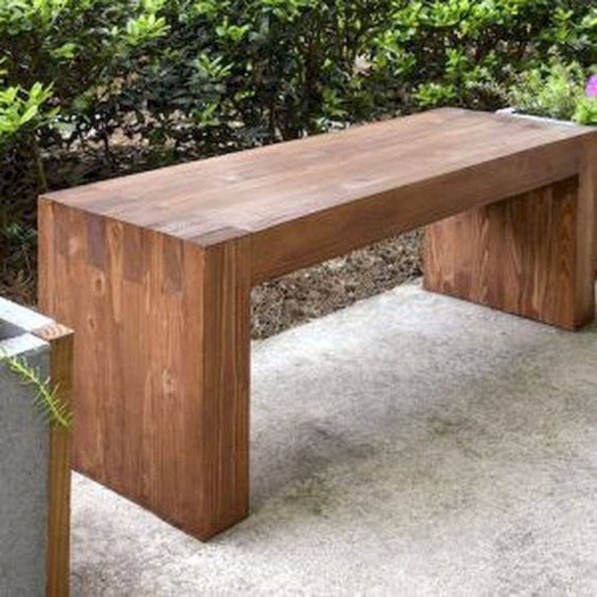 40 Awesome DIY Outdoor Bench Ideas For Backyard and Front Yard Garden (32)