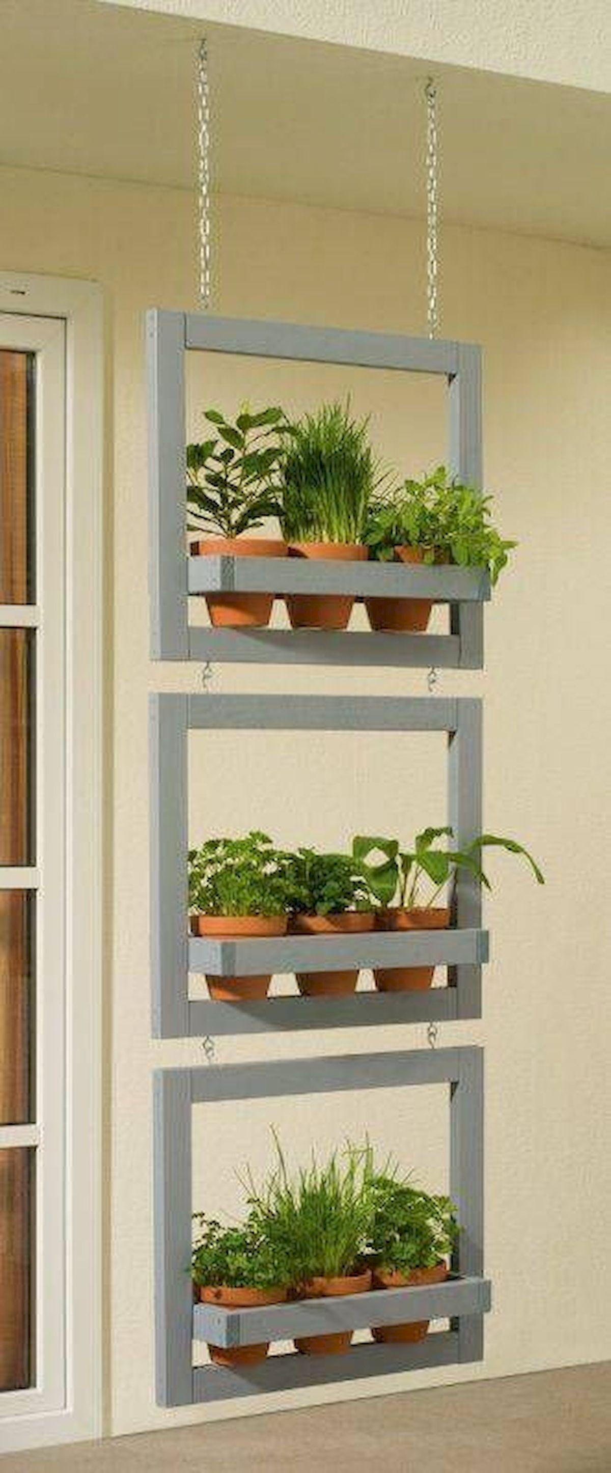 44 Creative DIY Vertical Garden Ideas To Make Your Home Beautiful (23)