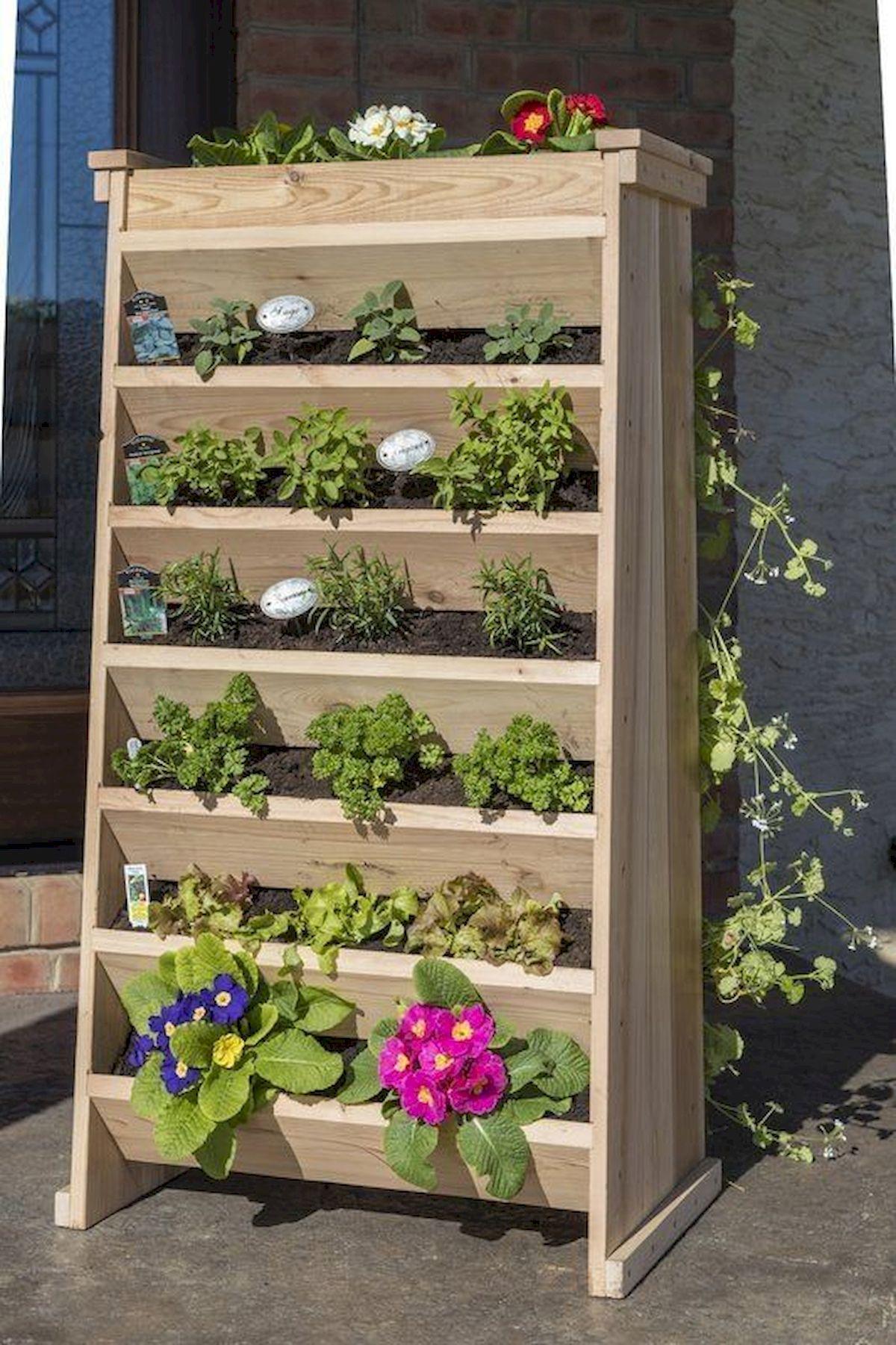 44 Creative DIY Vertical Garden Ideas To Make Your Home Beautiful (32)