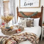 30 Awesome DIY Fall Decoration Ideas For Your Bedroom (12)
