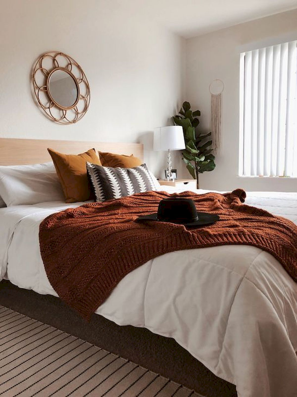 30 Awesome DIY Fall Decoration Ideas For Your Bedroom (7)
