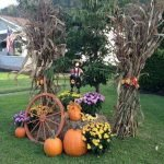 35 Beautiful DIY Fall Outdoor Decor Ideas You Will Like (21)