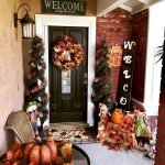 35 Beautiful DIY Fall Outdoor Decor Ideas You Will Like (25)