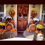 35 Beautiful DIY Fall Outdoor Decor Ideas You Will Like (9)