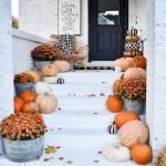 40 Fantastic DIY Fall Front Porch Decorating Ideas (10)