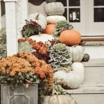40 Fantastic DIY Fall Front Porch Decorating Ideas (16)