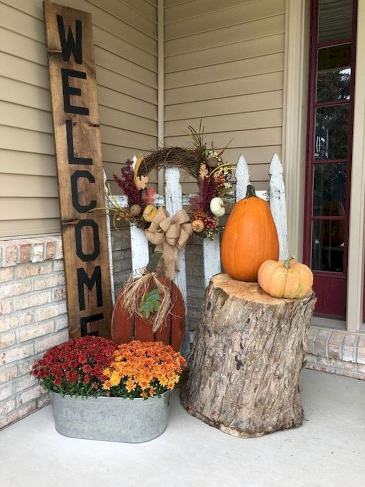 40 Fantastic DIY Fall Front Porch Decorating Ideas (27)