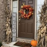 40 Fantastic DIY Fall Front Porch Decorating Ideas (30)