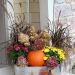 40 Fantastic DIY Fall Front Porch Decorating Ideas (37)