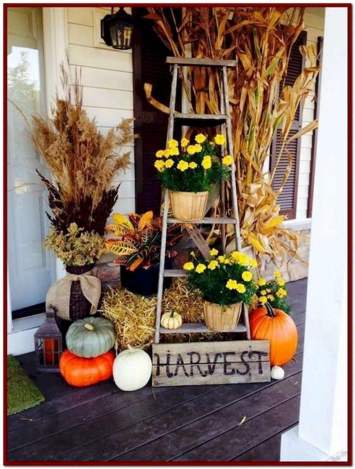 40 Fantastic DIY Fall Front Porch Decorating Ideas (38)
