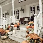40 Fantastic DIY Fall Front Porch Decorating Ideas (4)