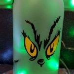 40 Fantastic DIY Wine Bottle Crafts Ideas With Lights (24)