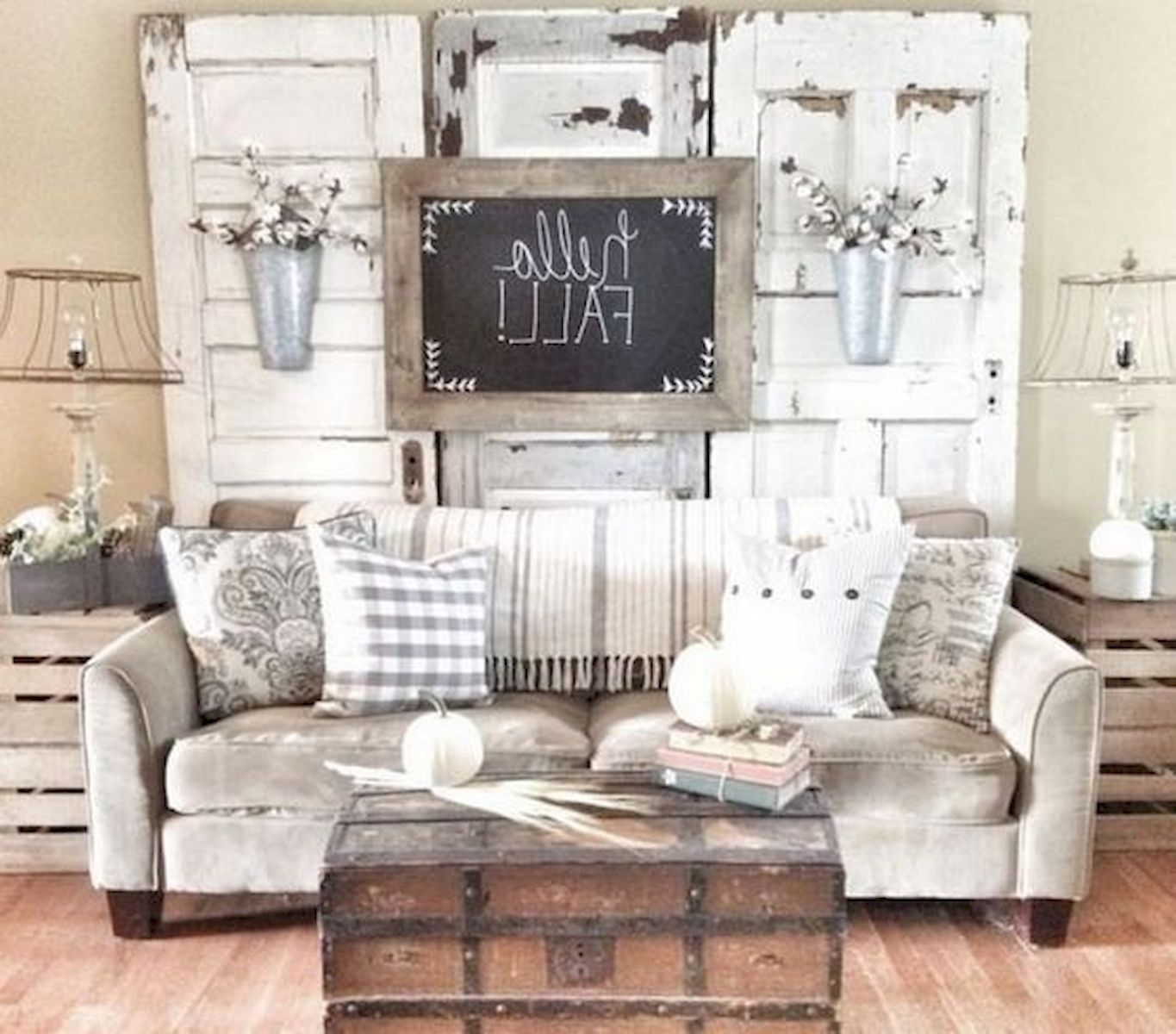 40 Gorgeous DIY Fall Decoration Ideas For Living Room (1)