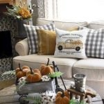 40 Gorgeous DIY Fall Decoration Ideas For Living Room (18)