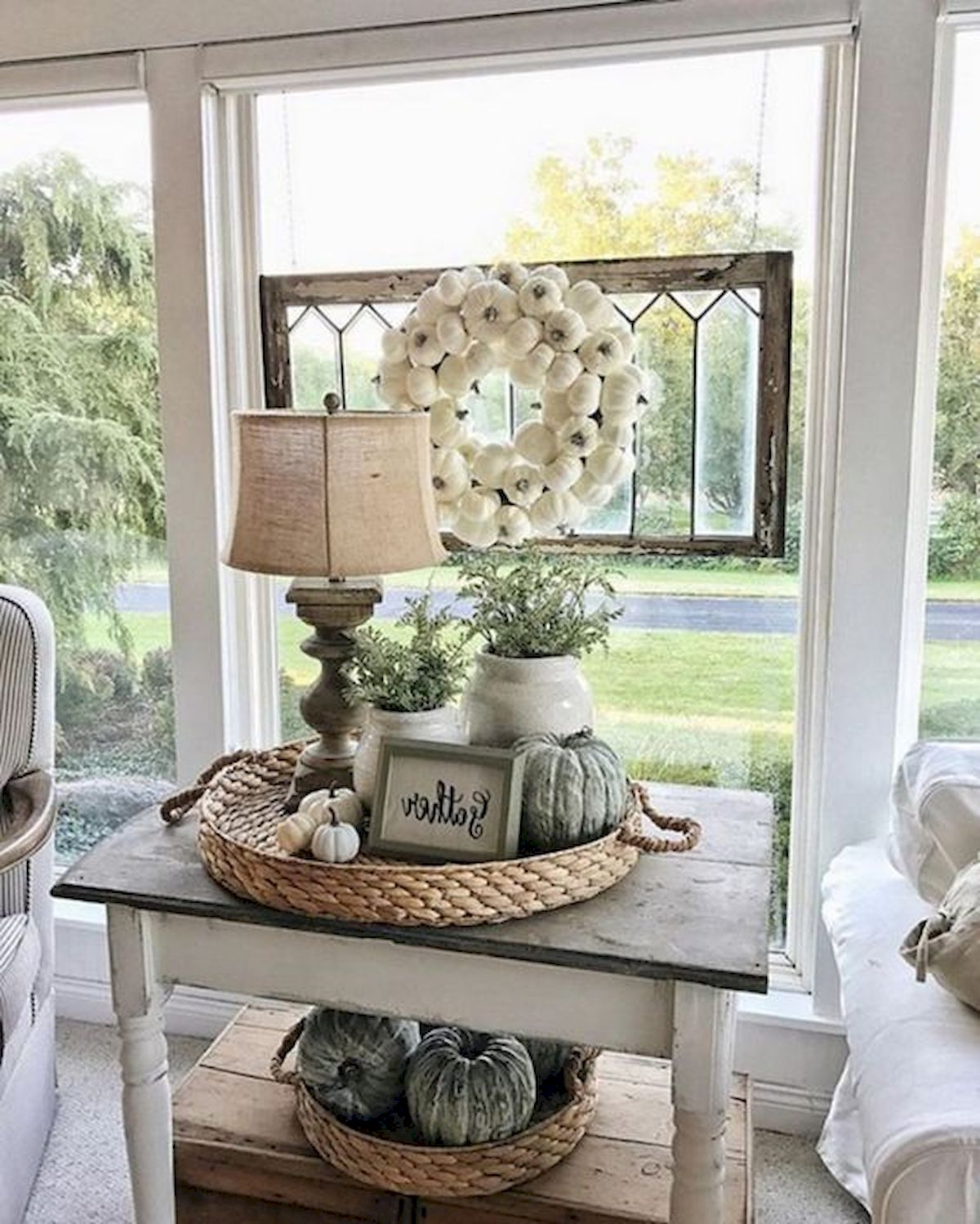 40 Gorgeous DIY Fall Decoration Ideas For Living Room (2)