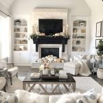40 Gorgeous DIY Fall Decoration Ideas For Living Room (5)