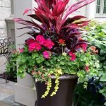 20 Fantastic DIY Planter Ideas For Your Front Porch (2)