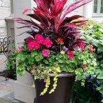 20 Fantastic DIY Planter Ideas For Your Front Porch (2)