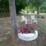 25 Creative DIY Garden Decoration Ideas Using Old Tires (11)