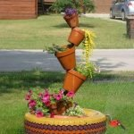 25 Creative DIY Garden Decoration Ideas Using Old Tires (14)