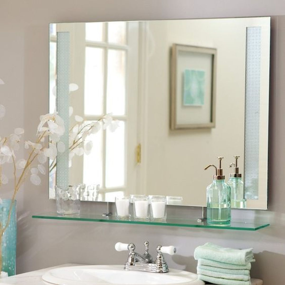 26 Easy and Creative DIY Mirror Ideas To Decorate Your Bathroom (24)