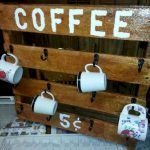 35 Easy DIY Wooden Pallet Mug Rack Ideas Everyone Can Do This (26)