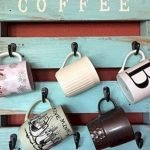 35 Easy DIY Wooden Pallet Mug Rack Ideas Everyone Can Do This (27)