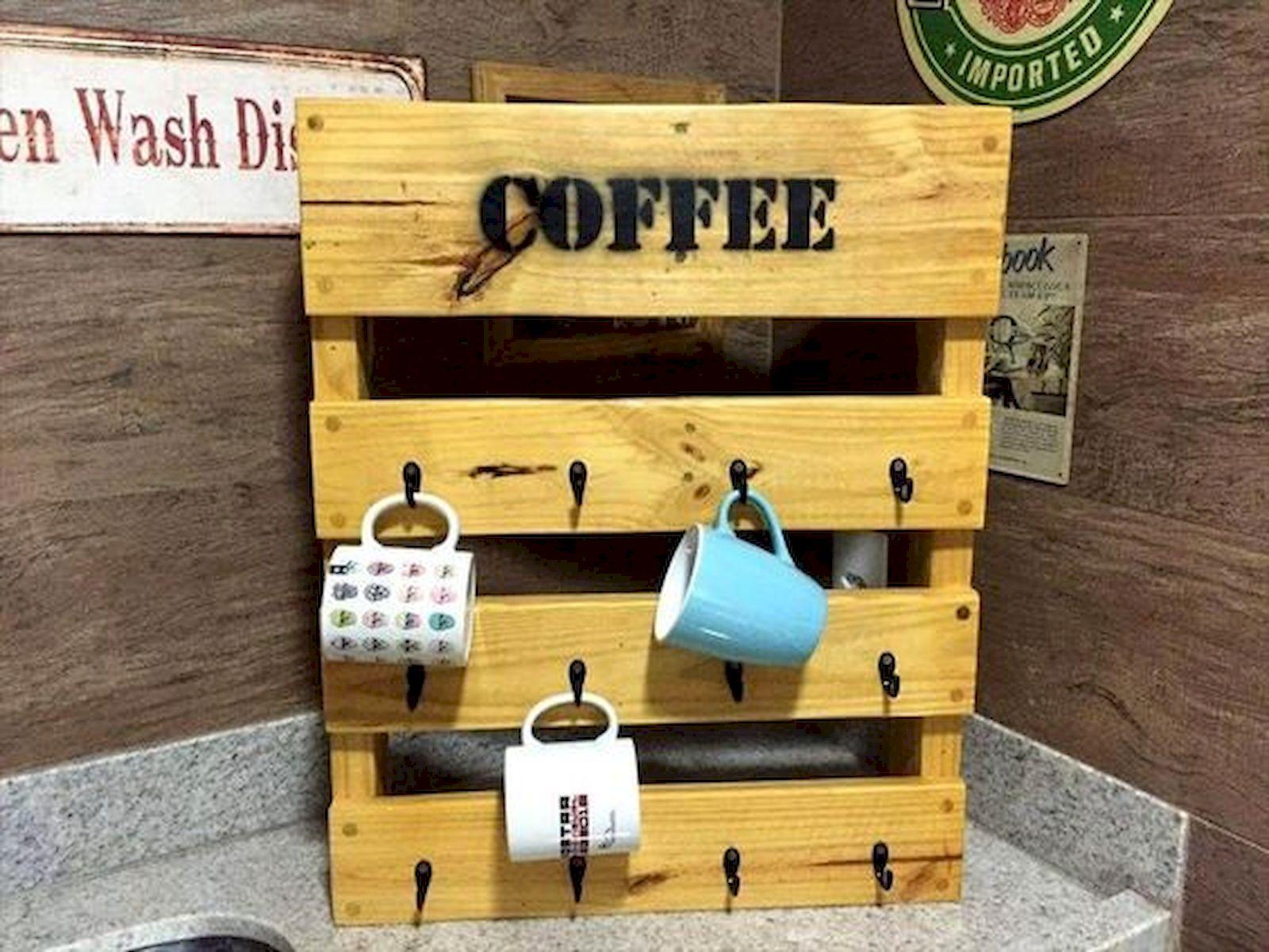 35 Easy DIY Wooden Pallet Mug Rack Ideas Everyone Can Do This (3)