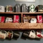 35 Easy DIY Wooden Pallet Mug Rack Ideas Everyone Can Do This (31)