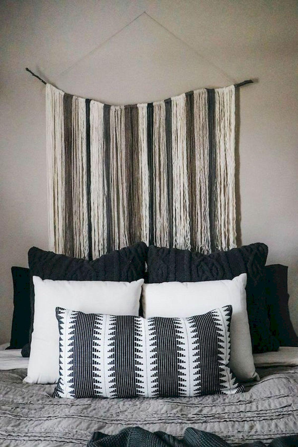 40 Fantastic DIY Decor Ideas For Farmhouse Boho Bedroom Design (13)
