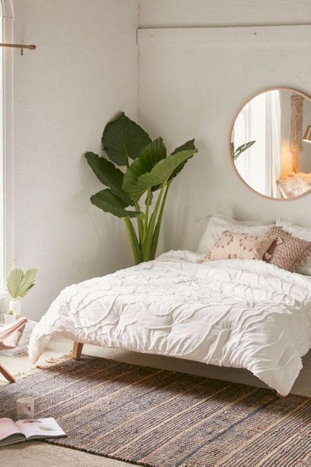 40 Fantastic DIY Decor Ideas For Farmhouse Boho Bedroom Design (28)