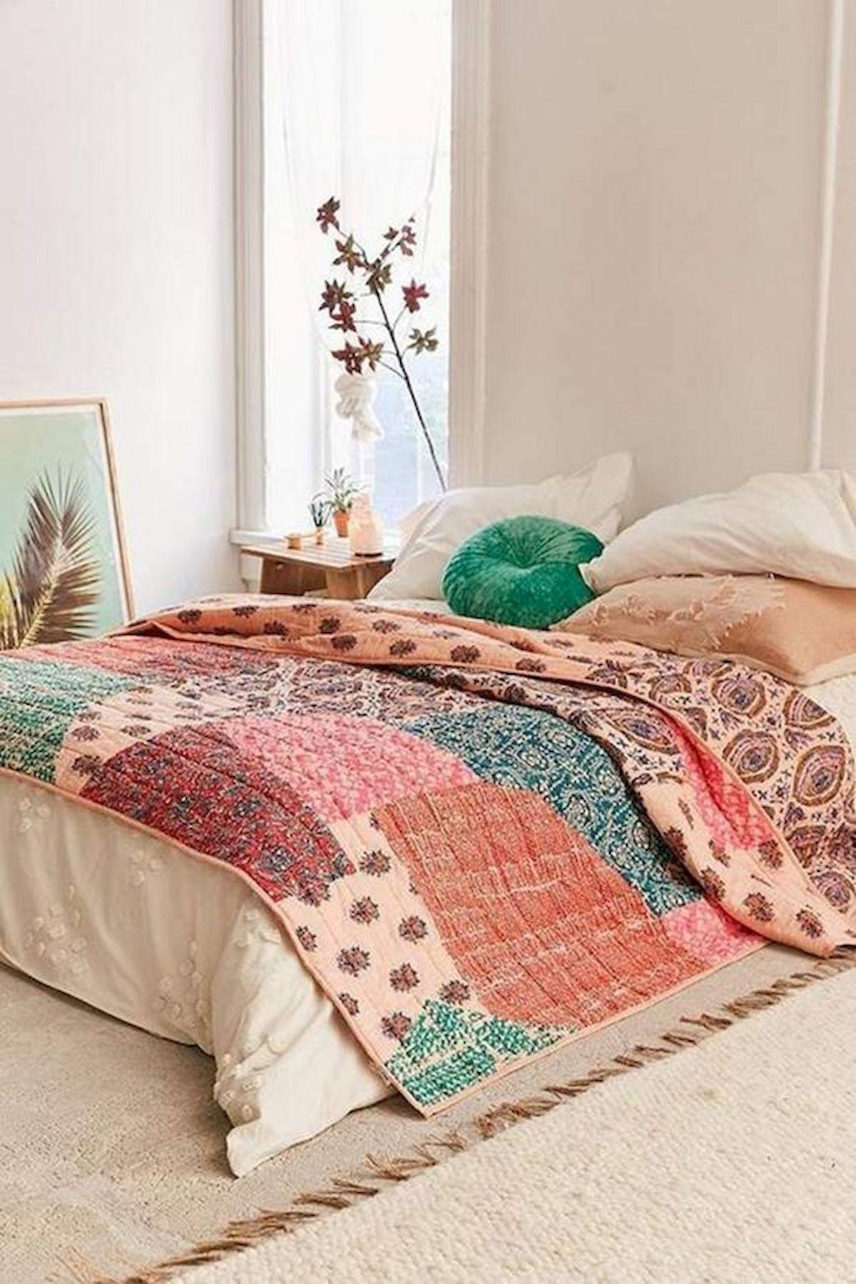 40 Fantastic DIY Decor Ideas For Farmhouse Boho Bedroom Design (40)