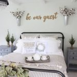 40 Fantastic DIY Decor Ideas For Farmhouse Boho Bedroom Design (8)