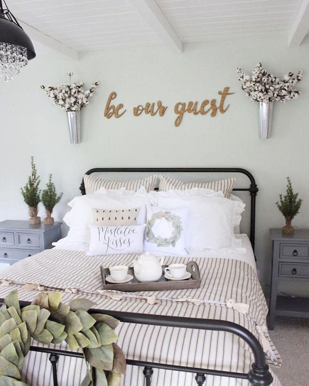 40 Fantastic DIY Decor Ideas For Farmhouse Boho Bedroom Design (8)