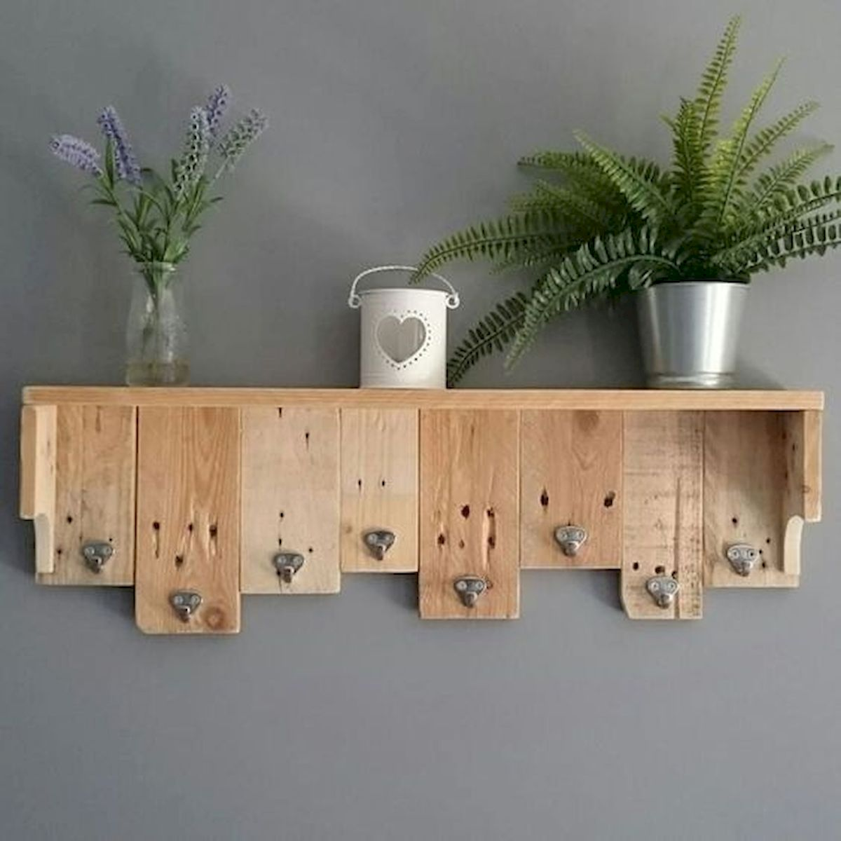 45 Easy and Cheap DIY Wood Furniture Ideas for Small House (18)