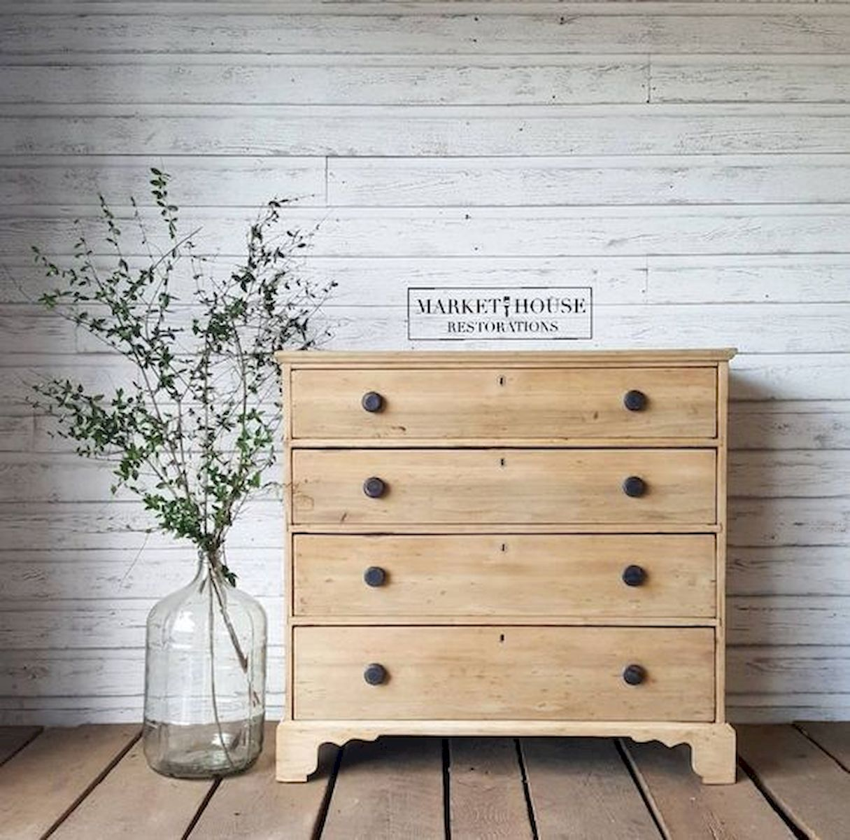 45 Easy and Cheap DIY Wood Furniture Ideas for Small House (27)
