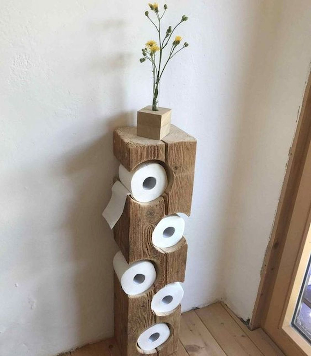 45 Easy and Cheap DIY Wood Furniture Ideas for Small House (29)