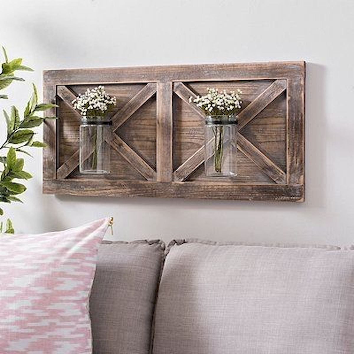 45 Easy and Cheap DIY Wood Furniture Ideas for Small House (31)
